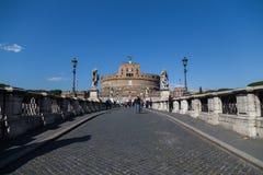 Castel Sant ' Angelo (slott av heliga ängeln) från Ponten San Fotografering för Bildbyråer