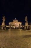 Castel Sant ' Angelo (slott av heliga ängeln) från Ponten San Royaltyfri Bild