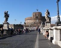 Castel SantAngelo du pont des anges, Rome, Italie Photos libres de droits