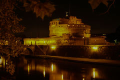 Castel Santangelo på natten, Rome, Italien Arkivfoton