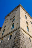 Castel in un centro del San Marino fotografia stock libera da diritti
