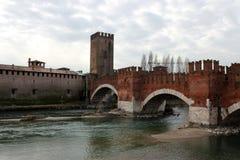 Castel Vecchio Bridge a Verona fotografia stock libera da diritti