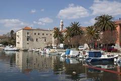 Castel Vitturi dans Kastela Photographie stock libre de droits