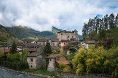 Castel w Po?udniowym Francja obraz royalty free