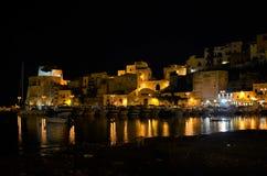 Castellammare在夜之前 库存照片