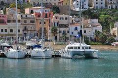 Castellammare del Golfo hamn, Sicilien, Italien Arkivfoto
