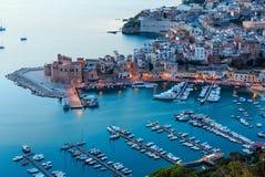 Castellammare del Golfo overzeese baai, Sicilië, Italië Royalty-vrije Stock Fotografie