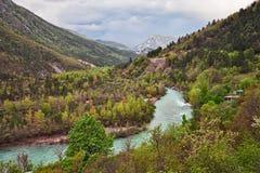 Castellane Provence, Frankrike: landskap av bergen och Royaltyfri Bild