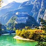 Castelli medievali dell'Italia - Bard la fortezza nel ` Aosta di Valle d Immagini Stock Libere da Diritti