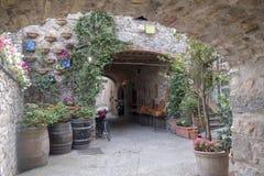 Castellina dans le chianti, ville médiévale de la Toscane photos stock
