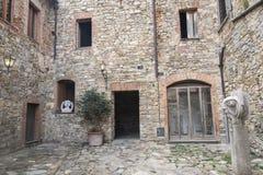 Castellina i Chianti, medeltida stad av Tuscany Royaltyfri Fotografi