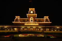 Castello benvenuto alla notte Fotografie Stock