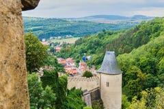 Castello ceco Karlstejn a Praga immagini stock