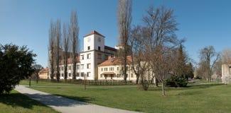 Castello in città Bucovice in repubblica Ceca Immagine Stock Libera da Diritti