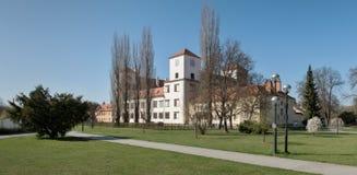 Castello in città Bucovice in repubblica Ceca Fotografia Stock Libera da Diritti