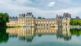 Castello de Fontainebleau, uno di più grandi palazzi reali francesi immagini stock libere da diritti