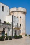 Castello del Acquaviva dell'Aragona. Conversano. La Puglia. L'Italia. Fotografie Stock Libere da Diritti