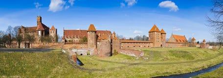 Castello del malbork di panorama in Polonia fotografie stock libere da diritti
