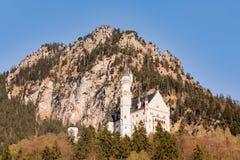 Castello del Neuschwanstein in alpi bavaresi, Germania Immagine Stock Libera da Diritti