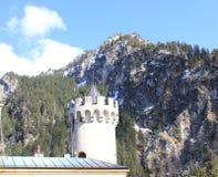 Castello del Neuschwanstein nelle alpi della Baviera Immagine Stock Libera da Diritti
