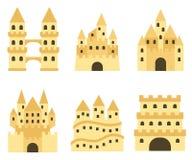 Castello della sabbia isolato nello stile piano Castello di sabbia del fumetto Fotografia Stock Libera da Diritti