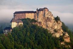 Castello della Slovacchia ad alba - hrad di Oravsky Immagini Stock Libere da Diritti