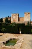 Castello di Alhambra Palace e giardino, Granada Immagine Stock Libera da Diritti