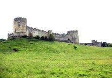 Castello di Alnwick dalla base della collina. Fotografia Stock Libera da Diritti