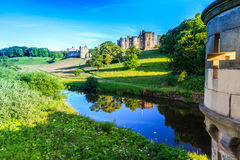 Castello di Alnwick, Inghilterra Immagini Stock Libere da Diritti