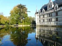 Castello di Azay le rideau e la sua riflessione Fotografia Stock Libera da Diritti