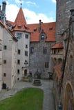 Castello di Bouzov, repubblica ceca fotografie stock libere da diritti