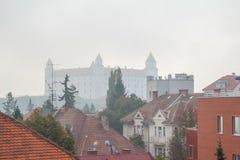 Castello di Bratislava nella nebbia Fotografia Stock Libera da Diritti