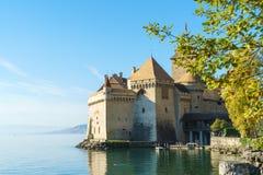 Castello di Chillon sul lago Lemano in montagne delle alpi, Montreux, Switz Fotografia Stock Libera da Diritti