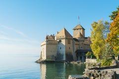 Castello di Chillon sul lago Lemano in montagne delle alpi, Montreux, Switz Immagine Stock Libera da Diritti