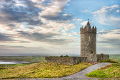 Castello di Doonagore in Irlanda. Fotografia Stock