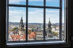 Castello di Dresda e cattedrale di Dresda da Frauenkirche, Germania immagini stock libere da diritti