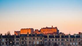 Castello di Edinburgh al tramonto immagini stock