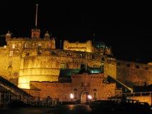 Castello di Edinburgh alla notte Fotografie Stock Libere da Diritti