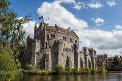 Castello di Gavensteen nel centro storico di Gand fotografia stock libera da diritti