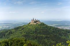 Castello di Hohenzollern nel nero Immagini Stock