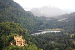 Castello di Hoheschwangau ed alpi bavaresi, Germania Fotografie Stock