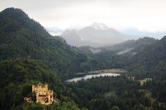 Castello di Hoheschwangau ed alpi bavaresi, Germania Fotografia Stock