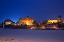 Castello di Malbork alla notte Fotografia Stock Libera da Diritti