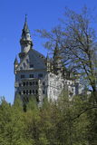 Castello di Neuschwanstein nelle alpi bavaresi Fotografie Stock