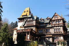Castello di Pelesor, città di Sinaia, Romania immagine stock