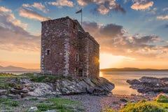 Castello di Portencross al tramonto Fotografia Stock Libera da Diritti