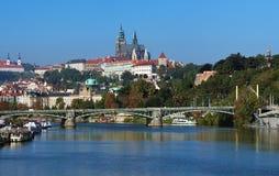 Castello di Praga con la cattedrale della st Vitus Immagine Stock Libera da Diritti