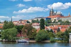 Castello di Praga e cattedrale di Vitus del san Immagini Stock