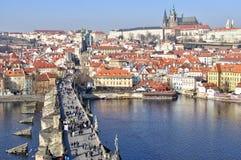 Castello di Praga e ponticello del Charles Fotografia Stock Libera da Diritti
