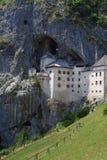 Castello di Predjama Immagini Stock Libere da Diritti